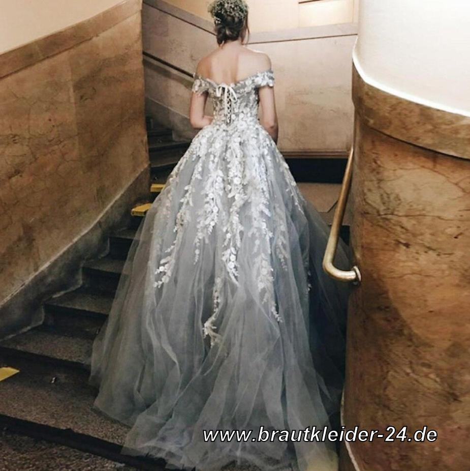 Schulterfreies Brautkleid Nina in Silber mit 19D Blumen Applikationen
